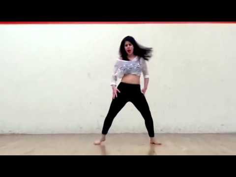 hot girl dance on kamli kamli   Video Dailymotion