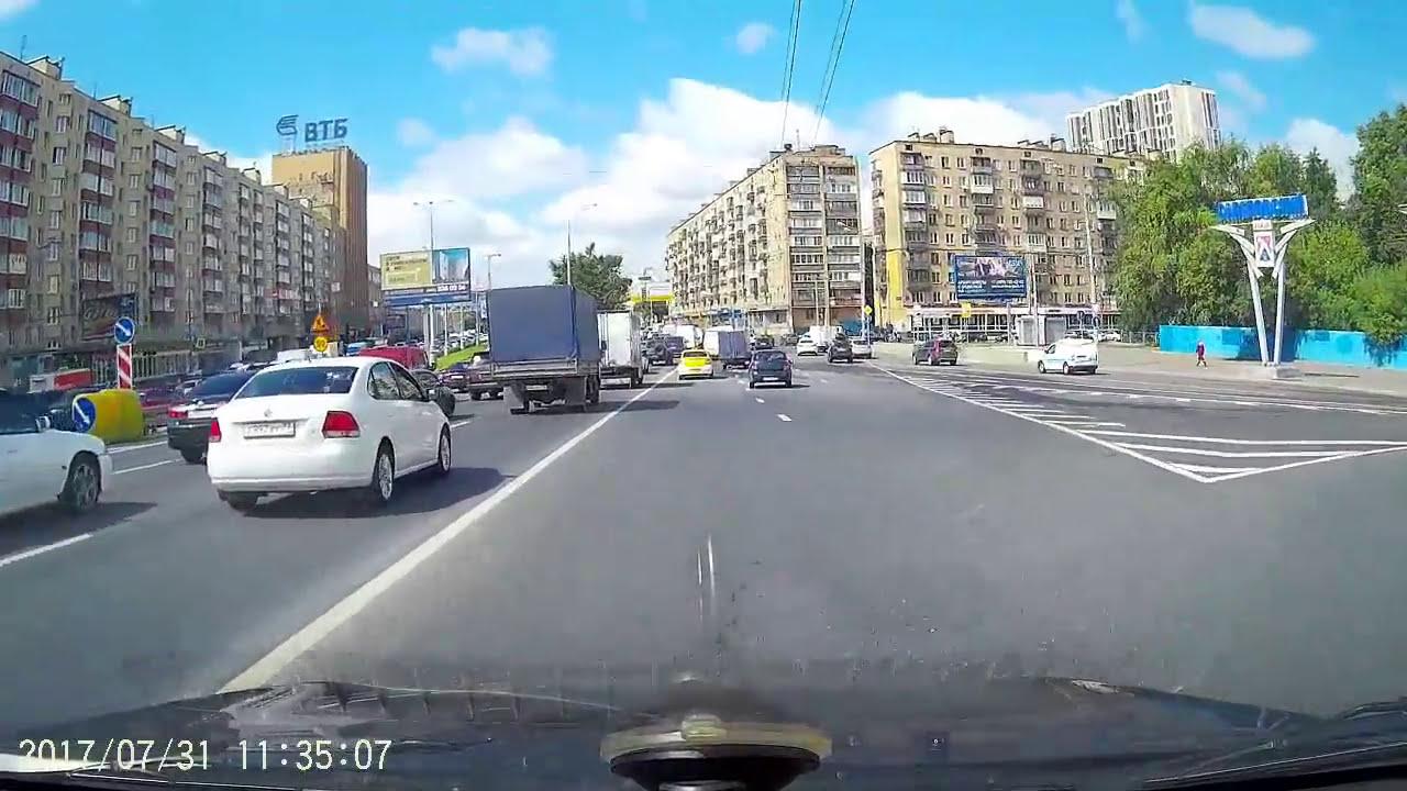 Какую дистанцию следует выбирать при вождении автомобиля