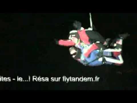saut en parachute de nuit
