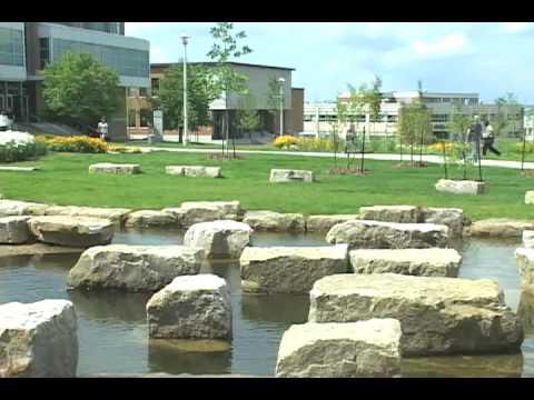 Au coeur du Campus principal de l'Université de Sherbrooke : magnifique et écologique