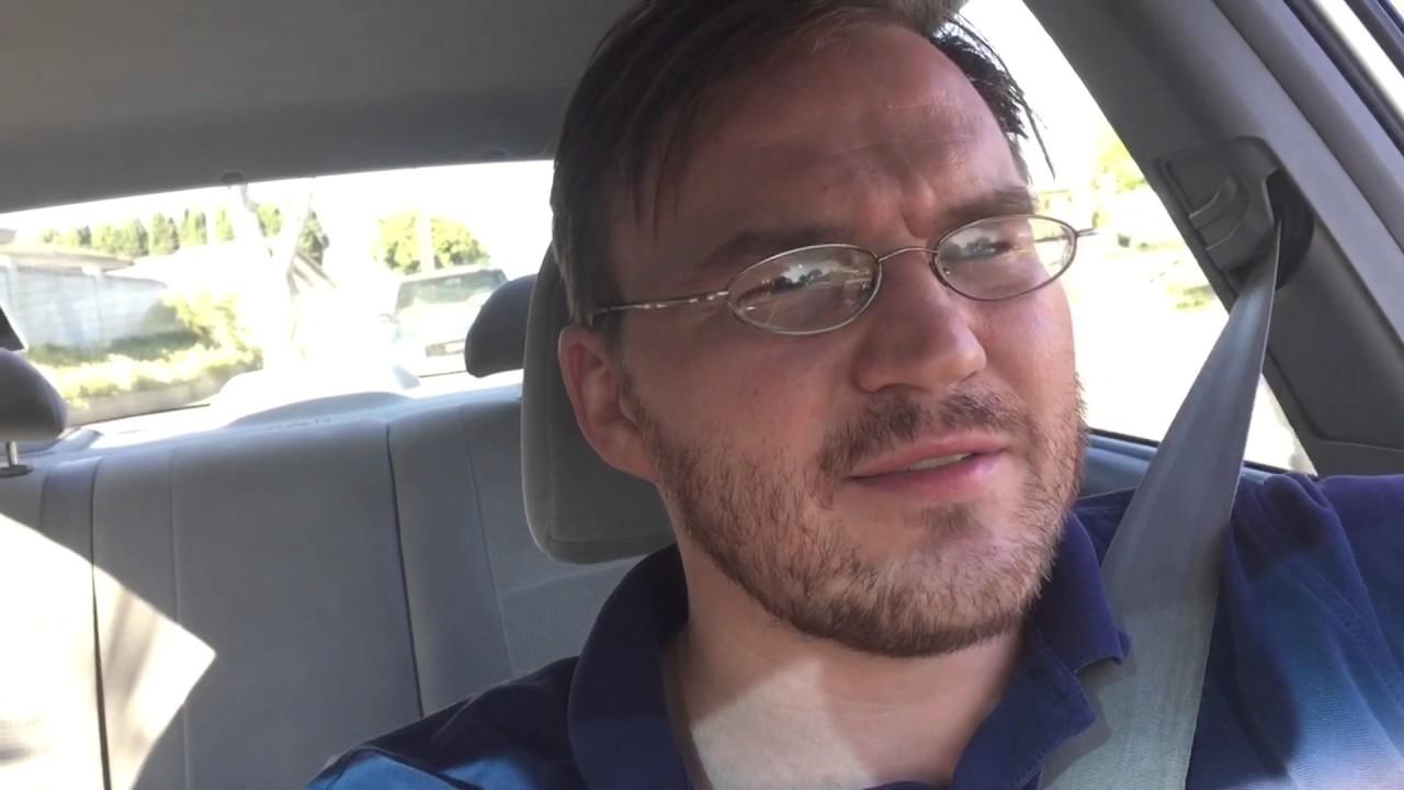 Видко гей первый раз в машине