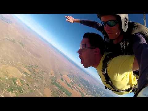 Lee Becker's Tandem skydive!