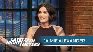 Blindspot's Jaimie Alexander: The NYPD Thought the Show Was Real! - Late Night with Seth Meyers