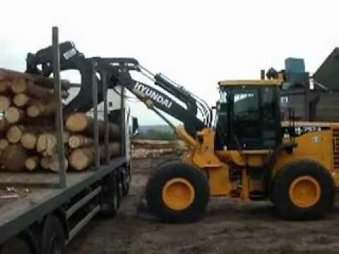 Hyundai HL757-9TM Log Grab