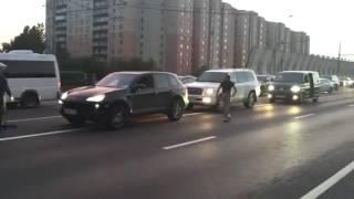 Спецназ спас велосипедиста(Спецназ спас велосипедиста от обнаглевшего водителя порше., 2016-07-22T10:02:31.000Z)