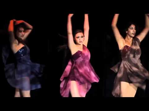 Center Stage Dance Academy: Prodced by Fox Media Group