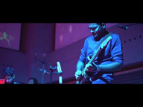 Kush Upadhyay : Song For Mike live at BlueFrog (Guitar Solo)