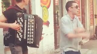 Уличные артисты Кривой Рог
