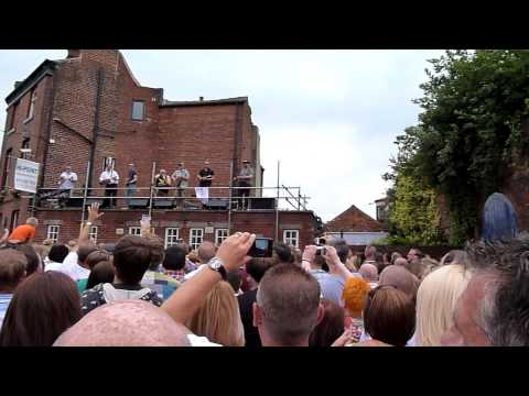 The Everly Pregnant Brothers - Chip Pan On Fire - Fat Cat Pub - Tramlines Festival 2013 - Sheffield