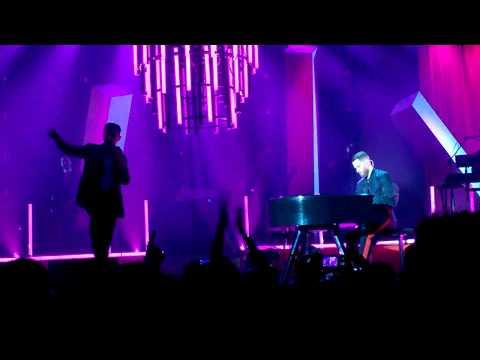 Hurts - Beautiful Ones (Live in Wien...