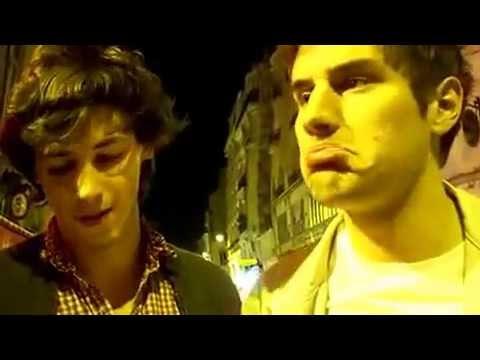 знакомства париж с парнями