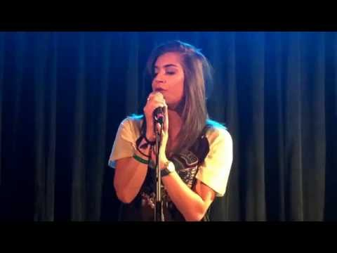 Parisa - 'Nothing Personal' Live
