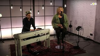 80's Ladies: Sofie - I Love You (live bij Joe)