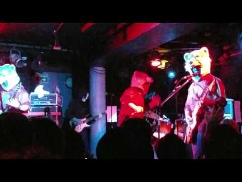 MAN WITH A MISSION - Dead End in Tokyo [LIVE] Underworld Camden 22/6/17