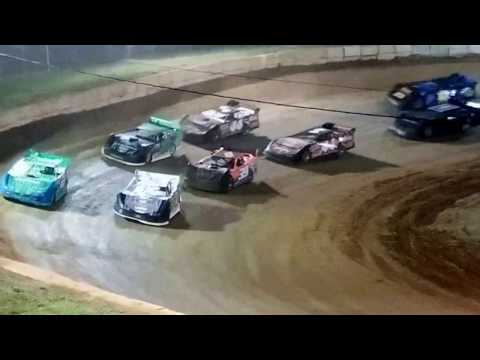 Late Model Easter Feature @ Wartburg Speedway (4-15-17)