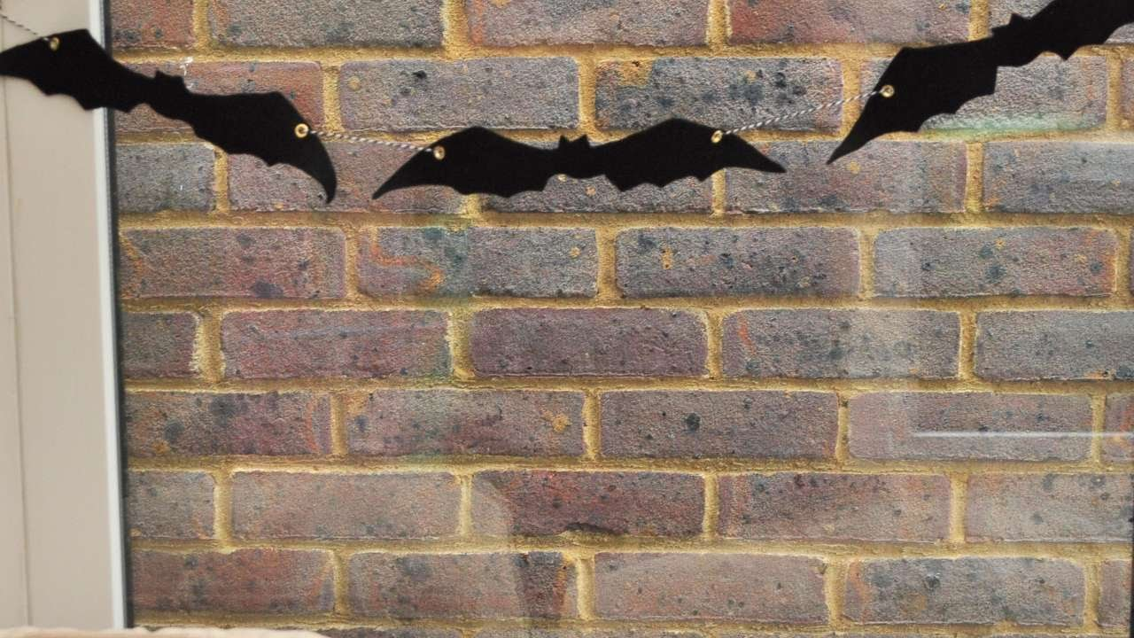 How To Make An Easy Bat Garland For Diy Home Tutorial Guidecentral
