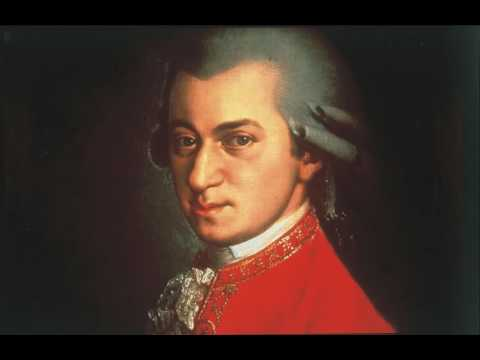 Моцарт Вольфганг Амадей - Дивертисмент № 5 (10 пьес) для духовых до мажор