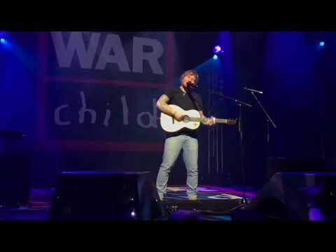 Ed Sheeran - Dive (Live for Warchild @ Indigo O2, London)