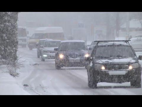 Обильный снегопад обернулся массовыми пробками на дорогах КЧР