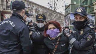 SON DƏQİQƏ:Polis qadınları otağa salıb küçə söyüşləri ilə söyərək döydü..