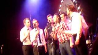 Sometimes its hard for boys not to cry The Baseballs live in dortmund 01.06.2010