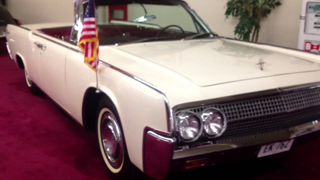 1963 lincoln continental convertible jfk john f kennedy rode in it youtube. Black Bedroom Furniture Sets. Home Design Ideas