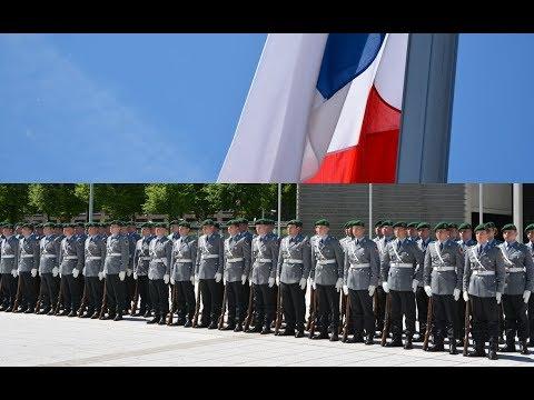 Militärische Ehren - Französische Verteidigungsministerin - Ehrenkompanie