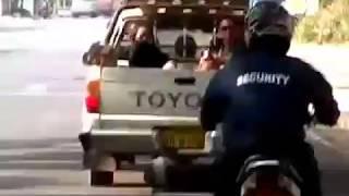 貧困国ラオスの現実!「トラックの荷台に乗せられ連れ去られる少女たちの行方を追え!!」中国ルート・タイルート