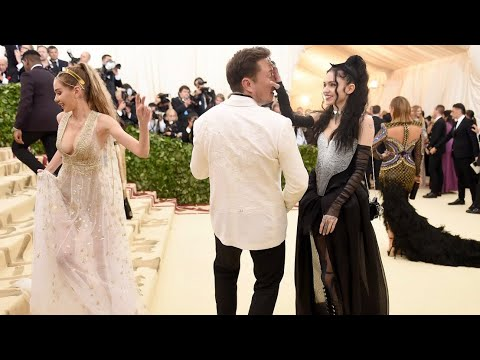 The Untold Truth Of Elon Musk and Grimes The Art Angel's Relationship A Behind The Scenes Closeup