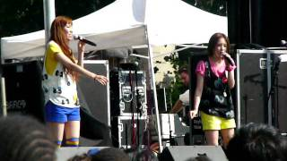 HALCALI's performance at Japan Day NYC in 2008!! Song: Sister Ship.