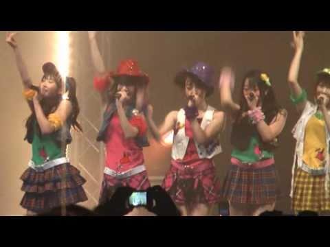 AKB48 - Nage KISSU de uchi otose! (Japan Expo 2009) - 投げキッスで撃ち落とせ!