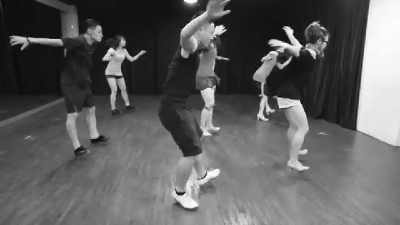 舞工廠舞團104年度音樂會「圓週・律」 舞者排練片段 - YouTube