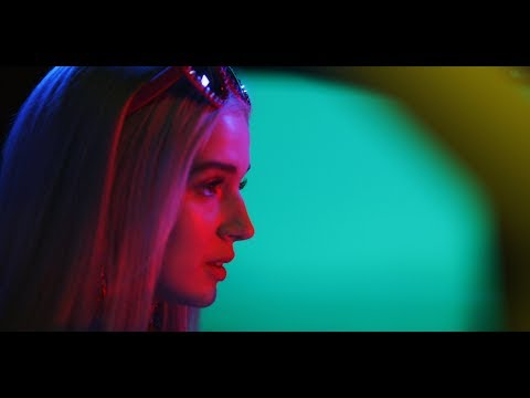 Poppy - Bleach Blonde Baby (Official Video)