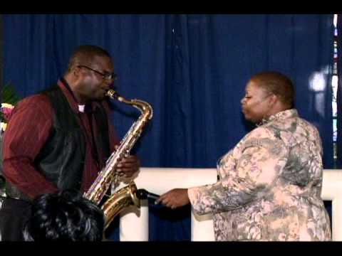 Exclusive kim stratton part 2 Eddie Dunn sax solo.wmv
