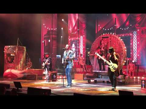 RICARDO ARJONA VIP...Señorita...Circo Soledad...Auditorio Telmex. Guadalajara. Mexico 2017 2017