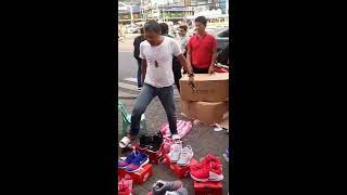 Video FUNNY Shoes Street Vendor download MP3, 3GP, MP4, WEBM, AVI, FLV Juli 2018