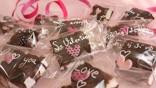 Repeat youtube video Easy Valentine's Recipe(marshmallow & nuts  chocolate) バレンタインチョコ (ロッキーロード風)