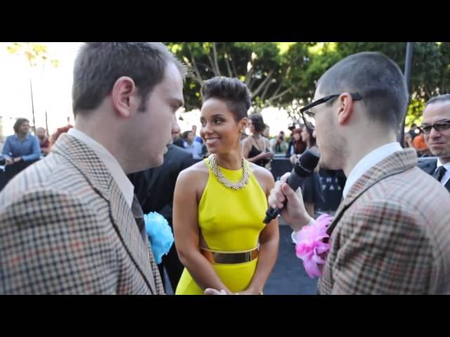 Alicia Keys: Giggling at ARIA Awards
