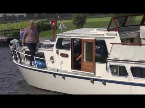 Cruising Holland's canals