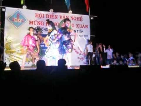 Thời trang vui nhộn -  Lớp 12A6 - THPT Nguyễn Văn Tiếp 2011-2012
