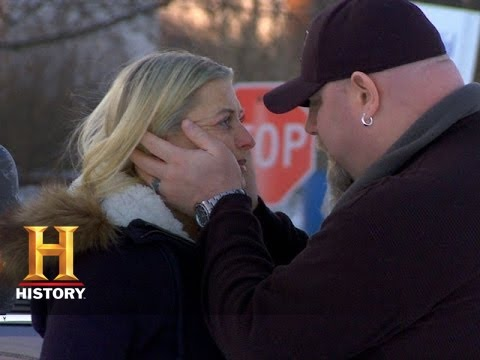 Download Big Rig Bounty Hunters: Big T and Bek Fight and Make Up (S2, E6) | History