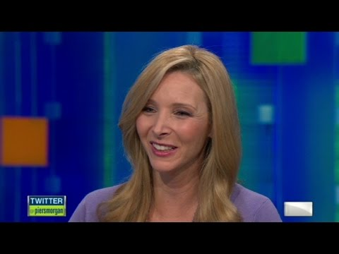 Is Lisa Kudrow friends with 'Friends'?