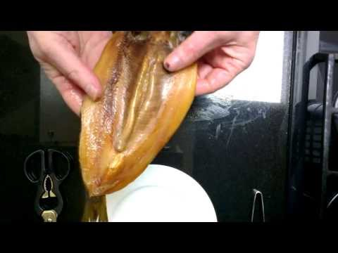 How To Fillet Kippers With Les Leckie