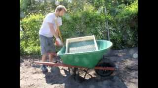 Diy How To Make A Dirt Sifter For Your Garden
