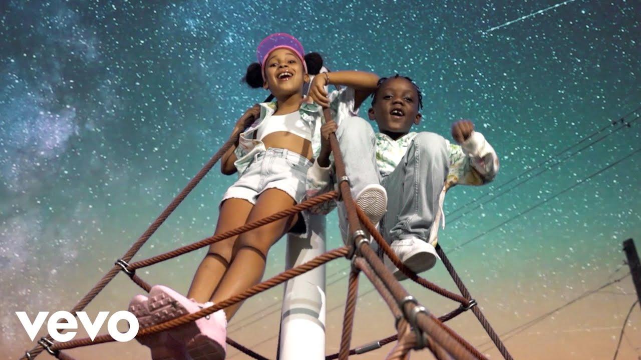 Cali Sadé - Starburst Remix feat. Super Siah (Official Music Video) онлайн томоша килиш