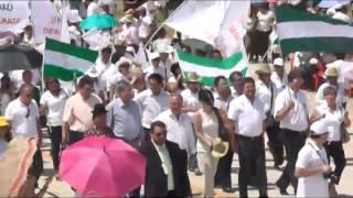 Samuel y Rubén; UD participa multitudinariamente en el desfile por el aniversario de Santa Cruz