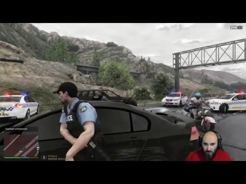 GTA 5 - LSPDFR Australia: Unmarked VE Commodore Crazy Pursuit (GTA 5 play as a cop mod)