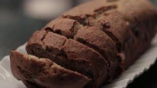 How To: Gluten & Dairy-free Banana Cake : Gluten-free Baking
