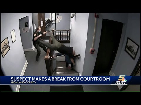 Suspect escapes courthouse during sentencing; officer injured