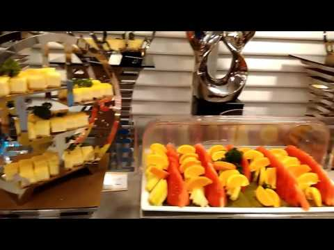 Good And Cheap HALAL International Buffet Dinner At The Landmark Restaurant, Village Hotel Bugis